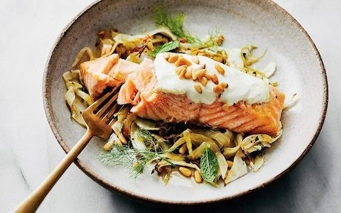 Baked yogurt salmon with fennel and lemon recipe