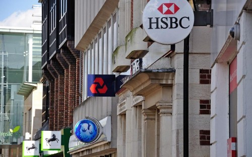 This year 525 banks will shut: will yours disappear?