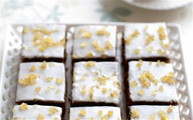 Mary Berry's ginger and treacle spiced traybake recipe