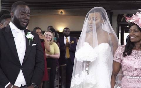 Emotional groom drives whole congregation to tears in viral wedding video