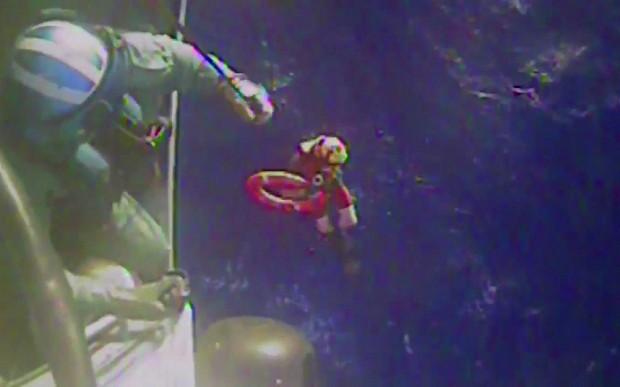 Wreckage of lost US cargo ship El Faro 'located at depth of 15,000 feet'