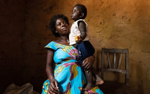 Lullaby singers bringing hope to Ebola frontline, in pictures