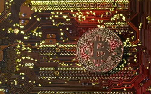 What is cryptocurrency, how does it work and why do we use it?