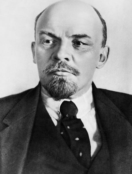 Russia's Communists threaten to blockade studios if Leonardo DiCaprio plays Lenin