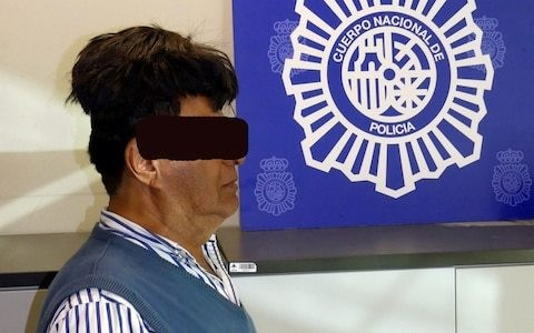 Colombian man arrested in Spain trying to smuggle cocaine under toupee