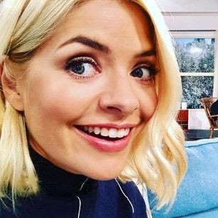 I tried the £20 face mask Holly Willoughby swears by and it turned my skin around