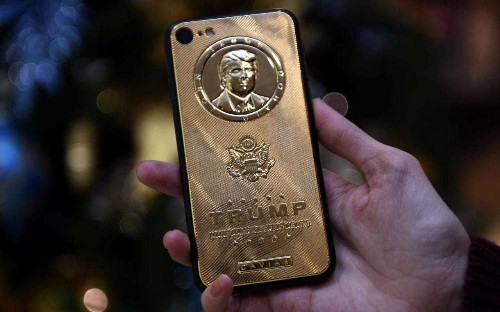 Donald Trump's personal phone could be a major security risk, experts warn