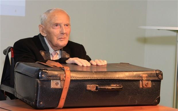 Oldest male Nazi concentration camp survivor dies aged 107