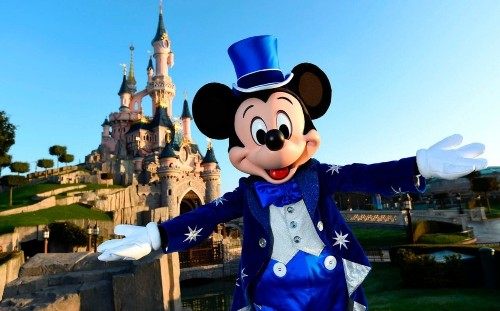 Disneyland Paris returns to profit for the first time in more than a decad