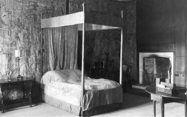 Ghost stories: Sleeping in England's most haunted bedroom