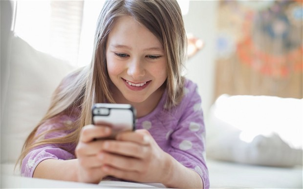 Computers and phones in children's bedrooms 'can cause anxiety and sleep loss'