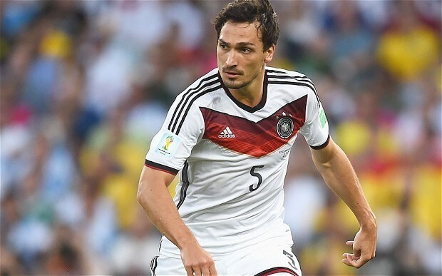 If Manchester United to sign Mats Hummels 'is not a bullsh*t story, I'll eat a broomstick'', says Jurgen Klopp