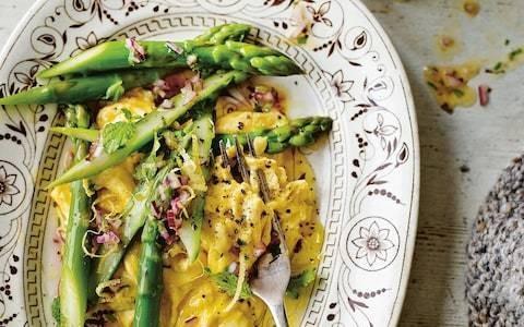 Folded eggs with asparagus and lemon salsa recipe
