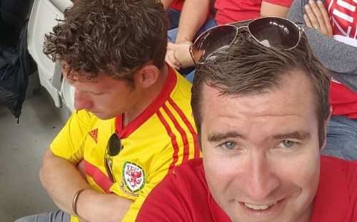 Wales fan sleeps through Euro 2016 opener after boozy day in France