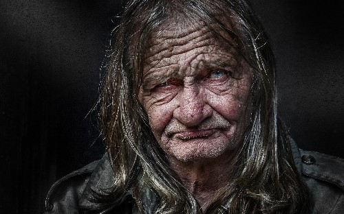 Portraits of homeless people by photographer Shine Gonzalvez