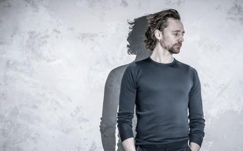 Betrayal review, Harold Pinter Theatre: Tom Hiddleston displays a hypnotic sensitivity in this modern masterpiece