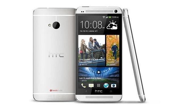 Nokia blocks HTC One microphone supply