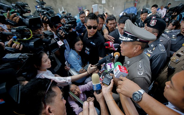 Bangkok on edge after second bomb explodes