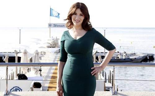 Nigella's tummy, and how women fall for the lie of perfection every day