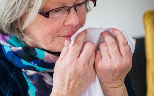 Woman who can smell Parkinson's disease helps scientists develop first diagnostic test