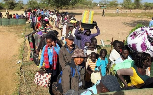 US evacuation flight fired on by South Sudan rebels