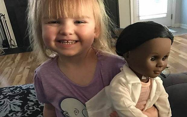 Toddler shuts down cashier who questioned black doll choice