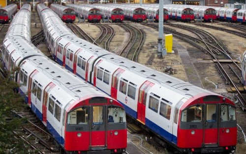 150 London Underground facts (including the birth of Jerry Springer in East Finchley station)