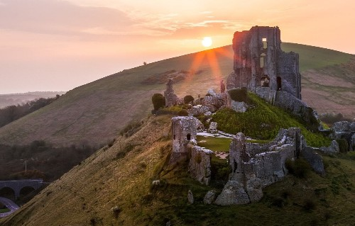 Britain and Ireland's best historic sites to visit on a cruise