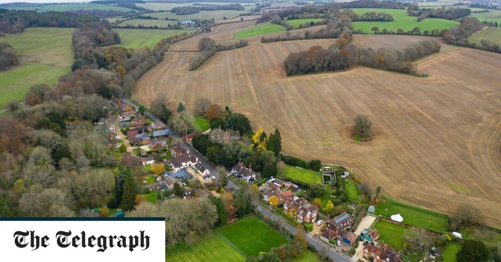 Countryside which inspired Constable could be 'concreted over' under plans build 5,000-home town