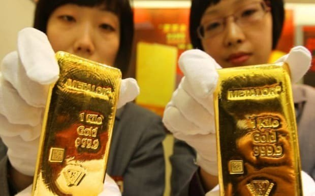 Gold price fall and market panic sparks bullion 'buying spree' in China