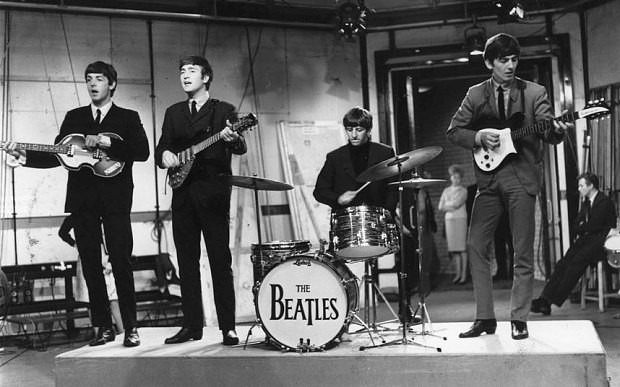 Fan 'reunites the Beatles' after buying Ringo's drumkit for £1m