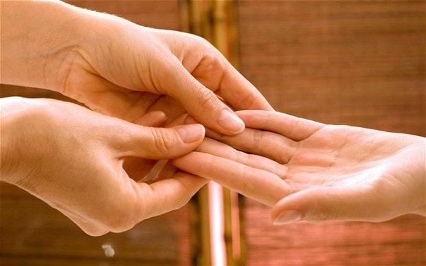 Reflexology 'improves heart efficiency', claim researchers