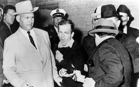 Jim Leavelle, detective who featured in a famous photograph of the fatal shooting of JFK's suspected assassin Lee Harvey Oswald – obituary