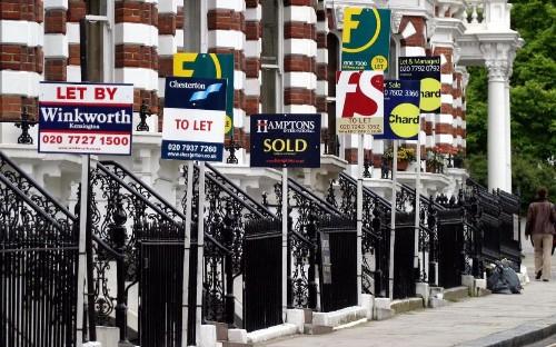 Wind taken out of UK housing market as prices dip