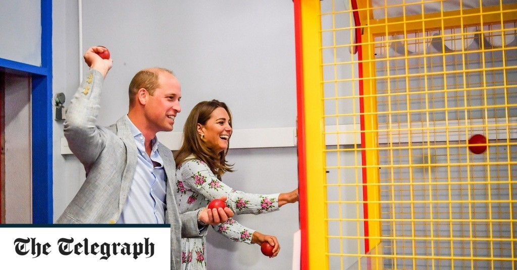 Duke and Duchess of Cambridge visit Gavin and Stacey's Barry Island