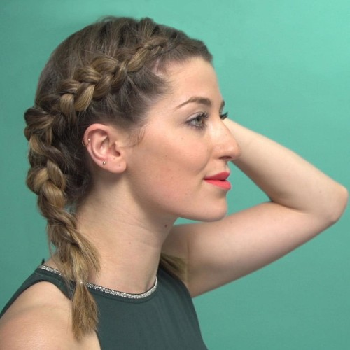 Beauty Focus: how to do a French plait