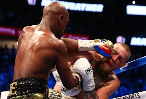 Mayweather vs McGregor: Masterly Floyd Mayweather gives bold Conor McGregor a boxing schooling