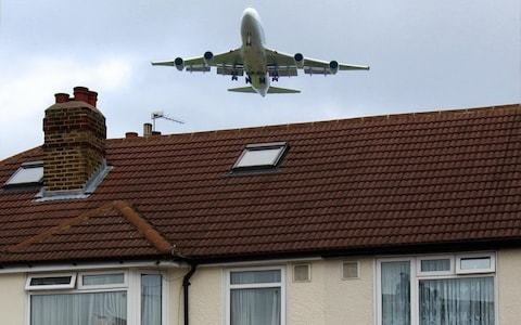 Flight paths to be redrawn for first time in 60 years to cut air congestion