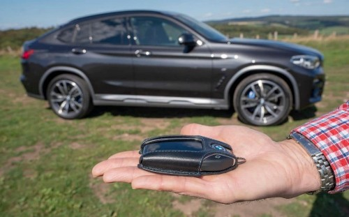 The keyless car key is a dumb solution to a problem that didn't exist