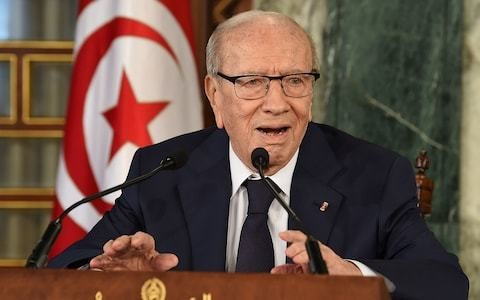 Tunisia president Beji Caid Essebsi dies, leaving power vacuum ahead of elections