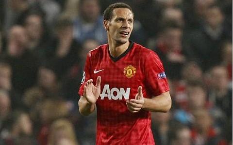 Manchester United boss Sir Alex Ferguson backs Rio Ferdinand to shrug off England fans' abuse
