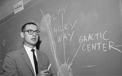 Riccardo Giacconi, scientist who shared the Nobel Prize for his work in X-ray astronomy – obituary