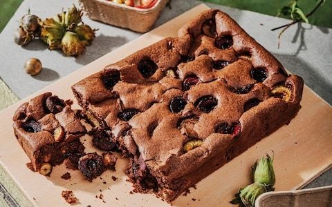 Cherry and hazelnut brownies recipe