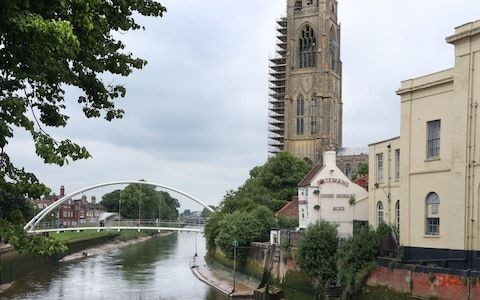 Lincolnshire's architectural marvel almost made me crash my car