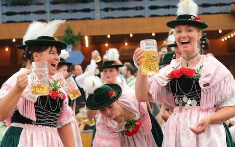 Four pints of beer doubles risk of irregular heart rhythm, Oktoberfest study finds