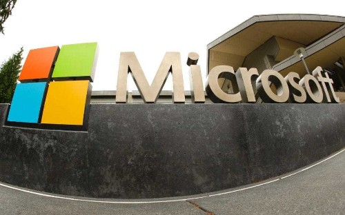 Ministry of Defence switches to the cloud as Microsoft opens first UK data centres