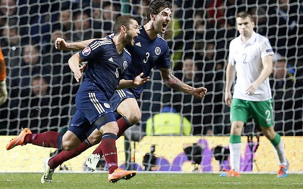 Scotland 1 Republic of Ireland 0, Euro 2016 qualifying: Shaun Maloney strike earns Scots victory in Celtic derby