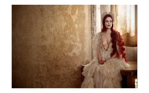 Behind the scenes of the 2020 Pirelli Calendar by Paolo Roversi 'Looking for Juliet'
