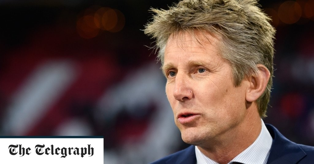 Edwin van der Sar is the ideal architect for Manchester United's rebuilding project