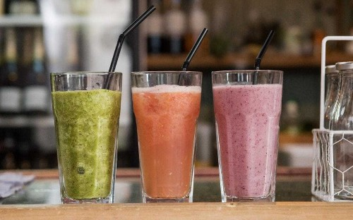 No fizzy drinks, no juice: Here's what to drink to be healthy